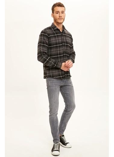 DeFacto Regular Fit Uzun Kollu Oduncu Gömlek Antrasit
